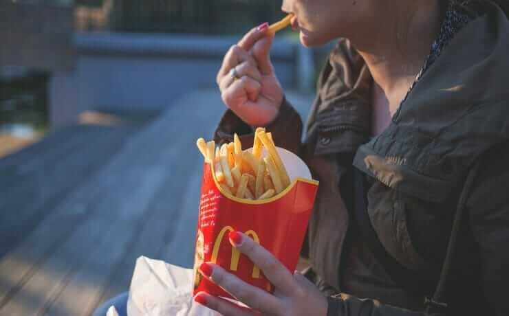 Advantages and Disadvantages of Fast Food