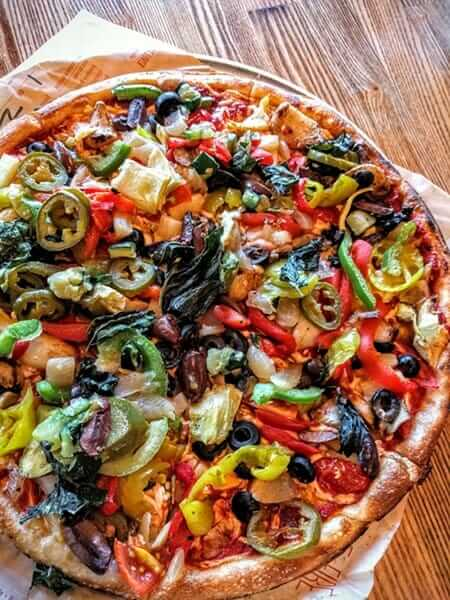 Healthiest Pizza Places to Satisfy Your Cravings | Blaze Pizza | FastFoodMenuPrices.com