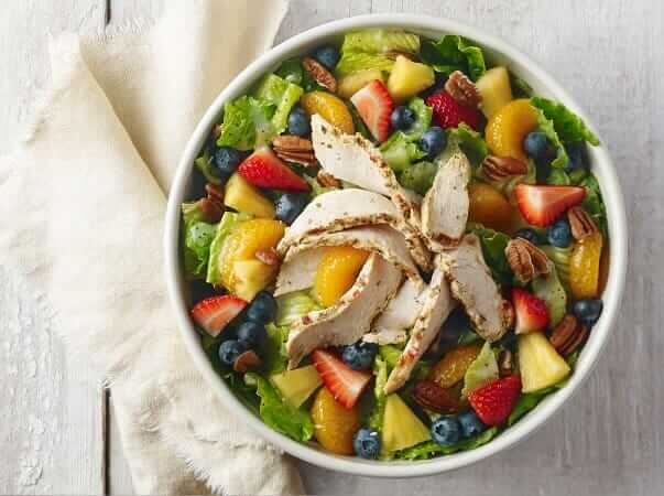 Top 11 Low-Calorie Fast Food Options | Panera Bread Strawberry Poppyseed Chicken Salad | FastFoodMenuPrices.com