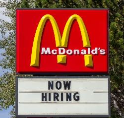McDonalds Careers | Now Hiring at McDonald's | Fastfoodmenuprices.com
