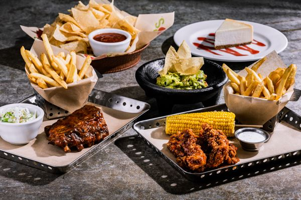 chilis open christmas day