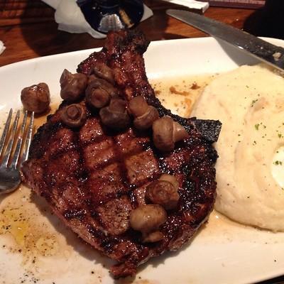 LongHorn Steakhouse outlaw ribeye