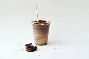 shakes at In-N-Out serve